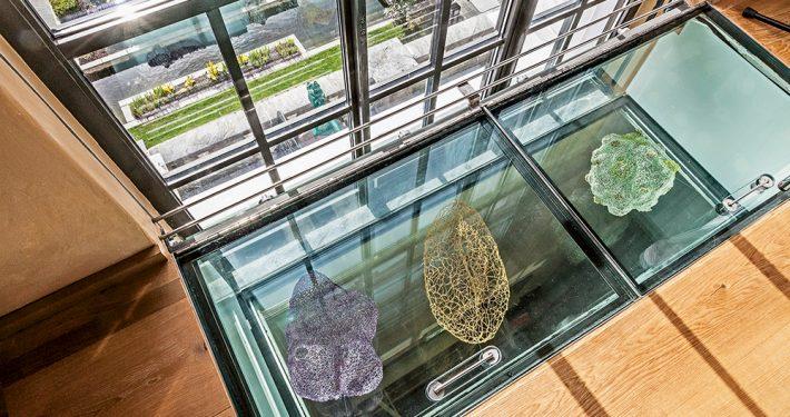 Glassgulv Naturhistorisk museum, Universitetet i Bergen. Foto: Otto von Munchow