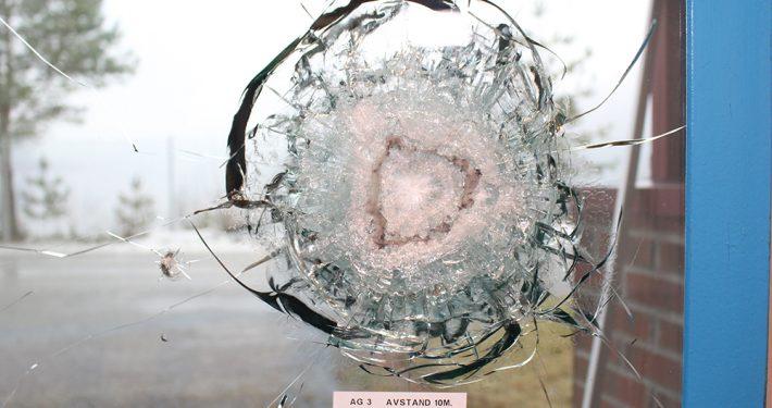 Glass med motstand mot prosjektiler. AG3. Foto: Pilkington